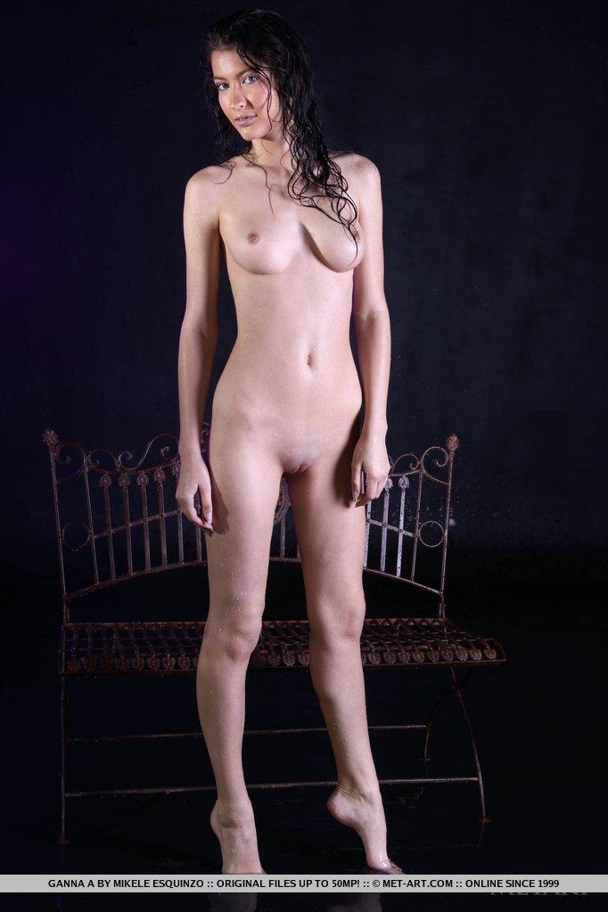 ganna-a-wet-naked-metart-11