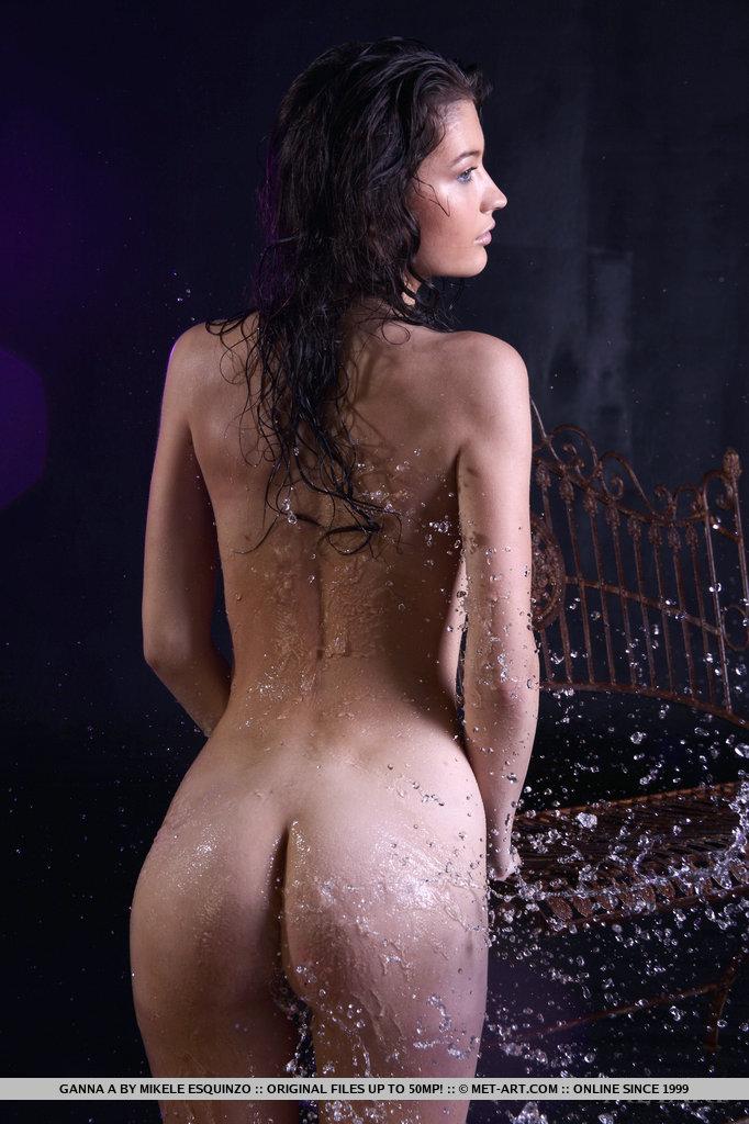 ganna-a-wet-naked-metart-13