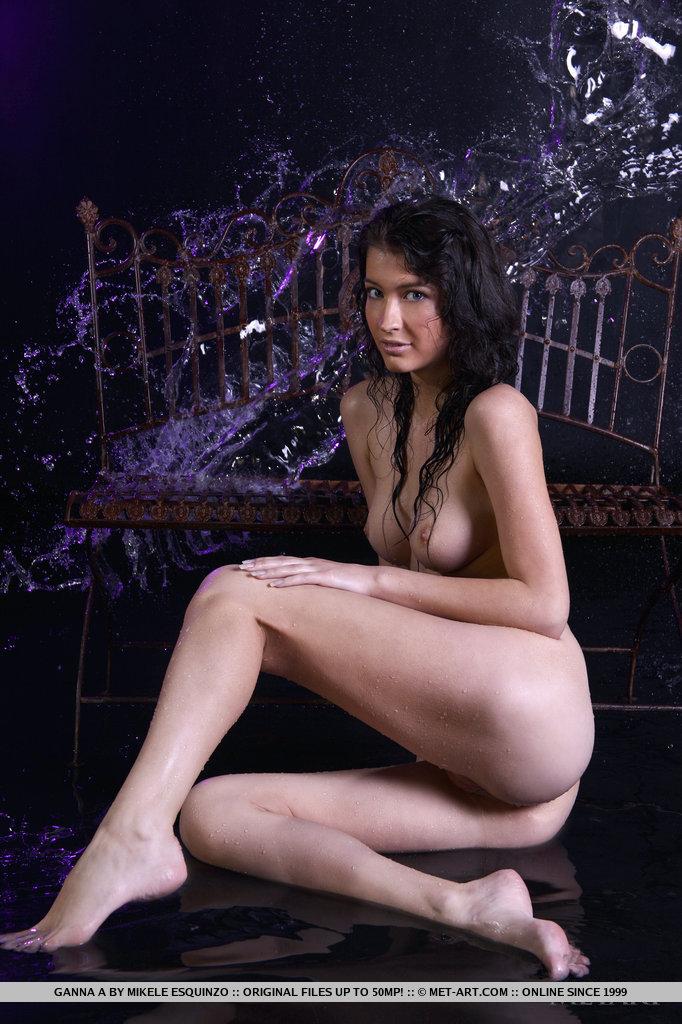 ganna-a-wet-naked-metart-15
