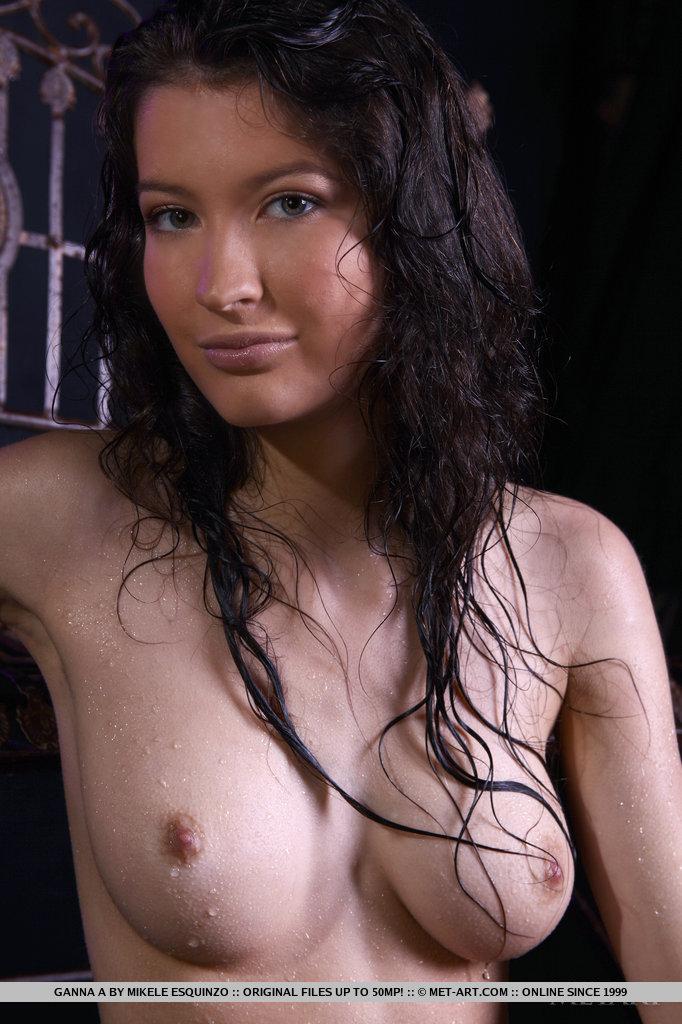 ganna-a-wet-naked-metart-18
