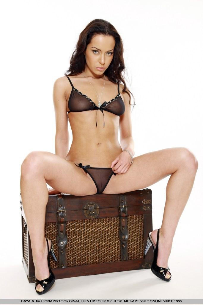 gaya-a-skinny-nude-lingerie-high-heels-metart-01