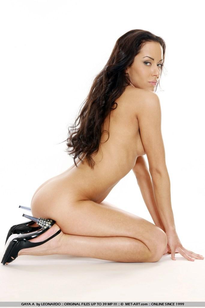 gaya-a-skinny-nude-lingerie-high-heels-metart-13