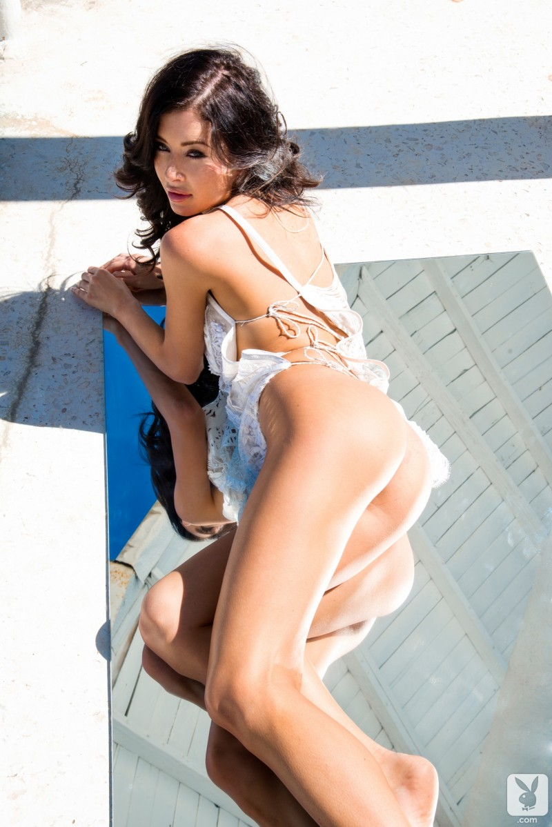 gemma-lee-farrell-miss-november-2013-playboy-08