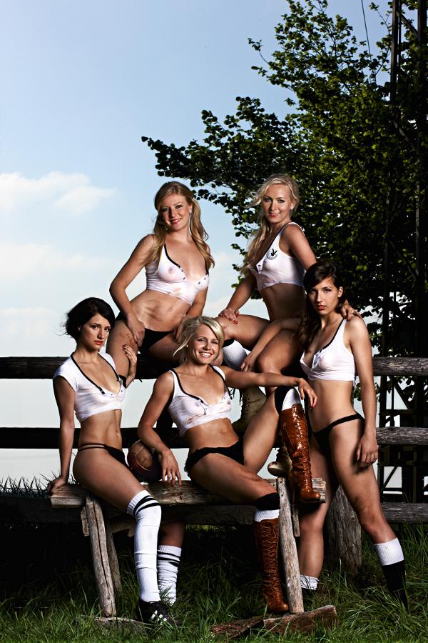 playboy-deutschlands-fussball-nationalspielerinnen-2011-01