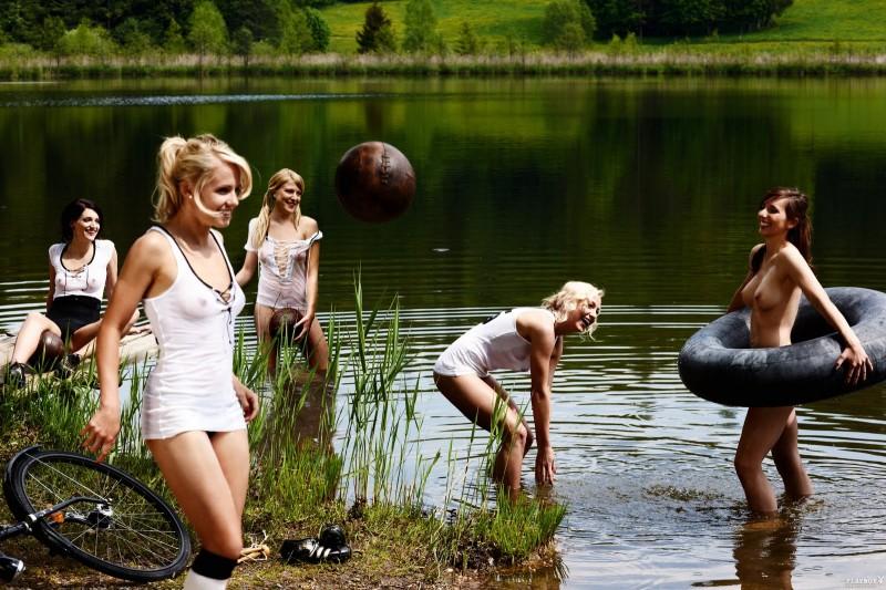playboy-deutschlands-fussball-nationalspielerinnen-2011-18