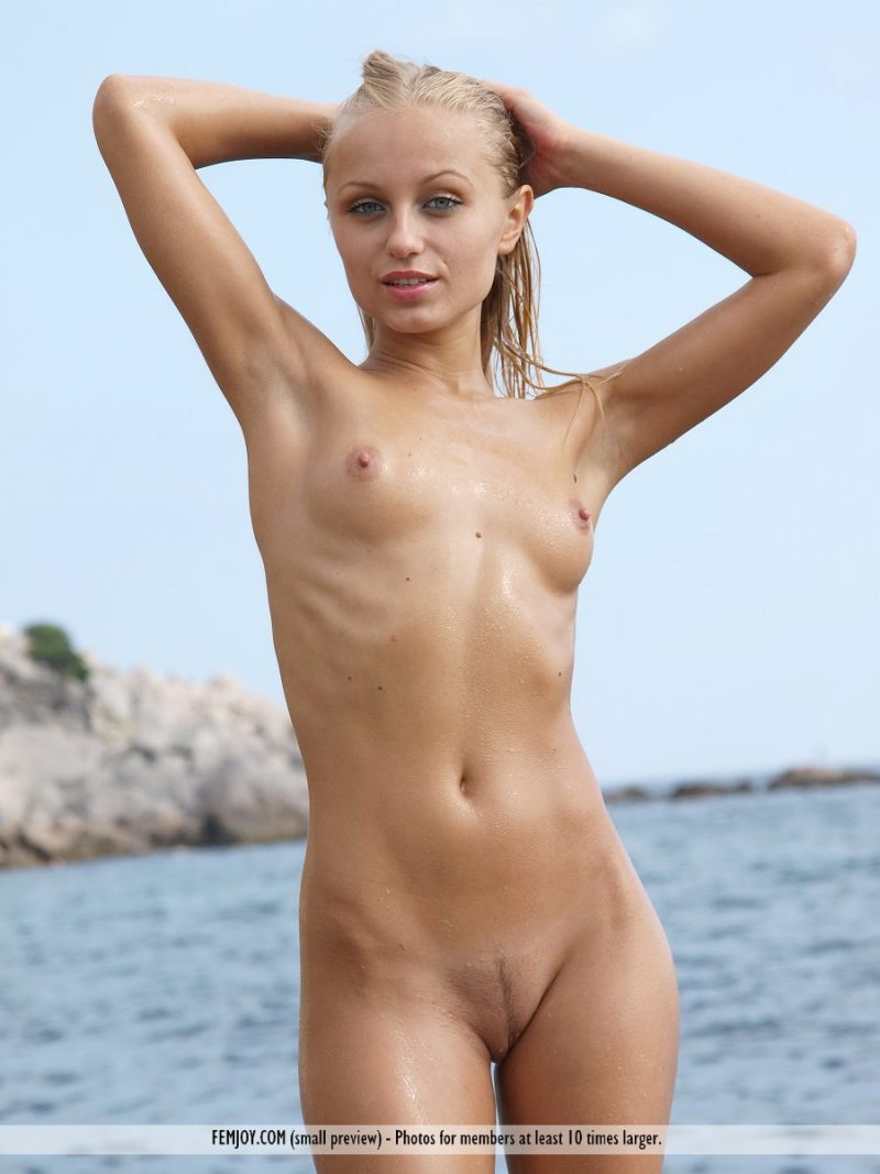 little young amateur beach nude