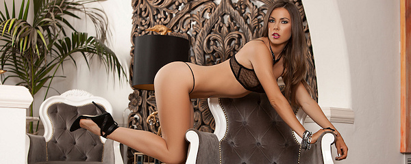 Gia Ramey-Gay – Lingerie & high heels