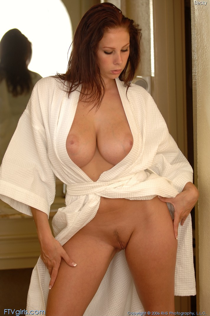 becky-bathrobe-boobs-nude-ftvgirls-06