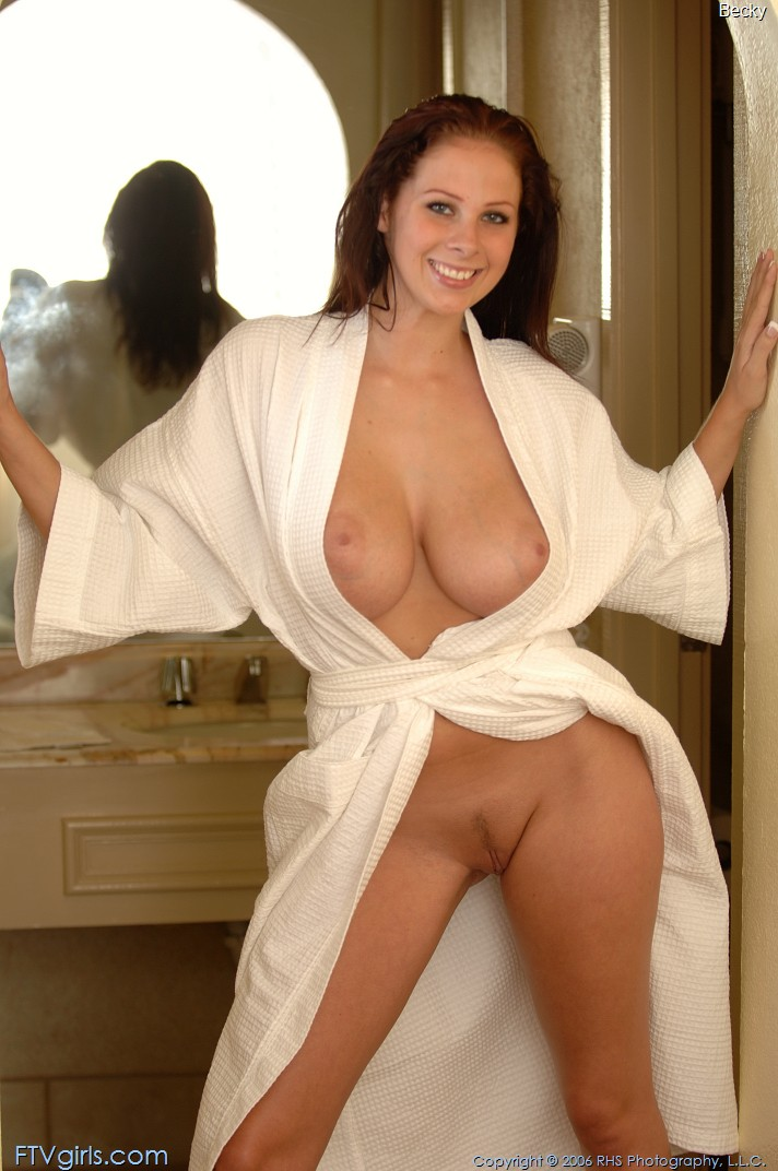 becky-bathrobe-boobs-nude-ftvgirls-07
