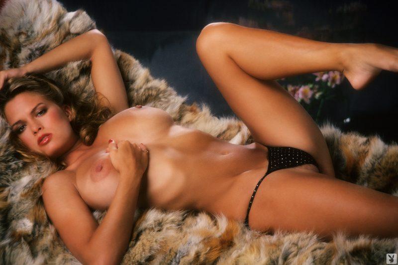 Gig gangel at vintage erotica