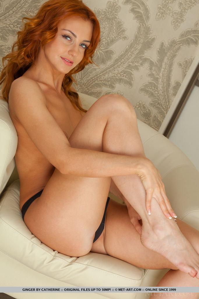 ginger-redhead-armchair-lingerie-metart-08
