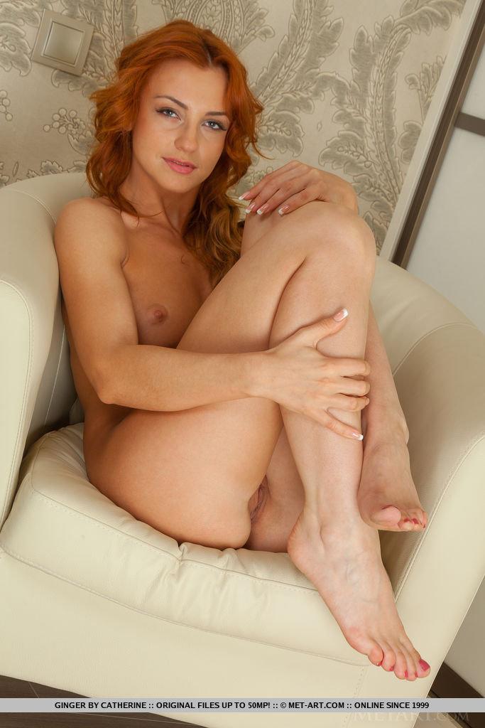 ginger-redhead-armchair-lingerie-metart-10