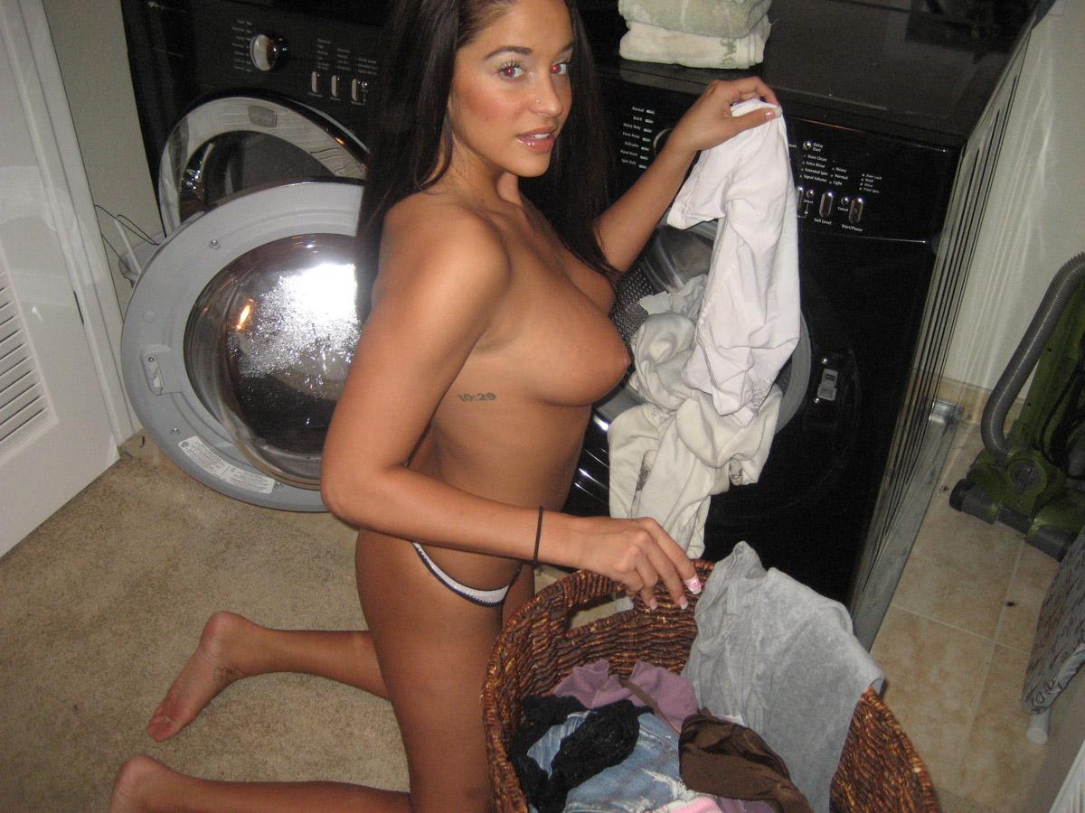 laundry-girls-nude-washing-machine-photo-mix-05