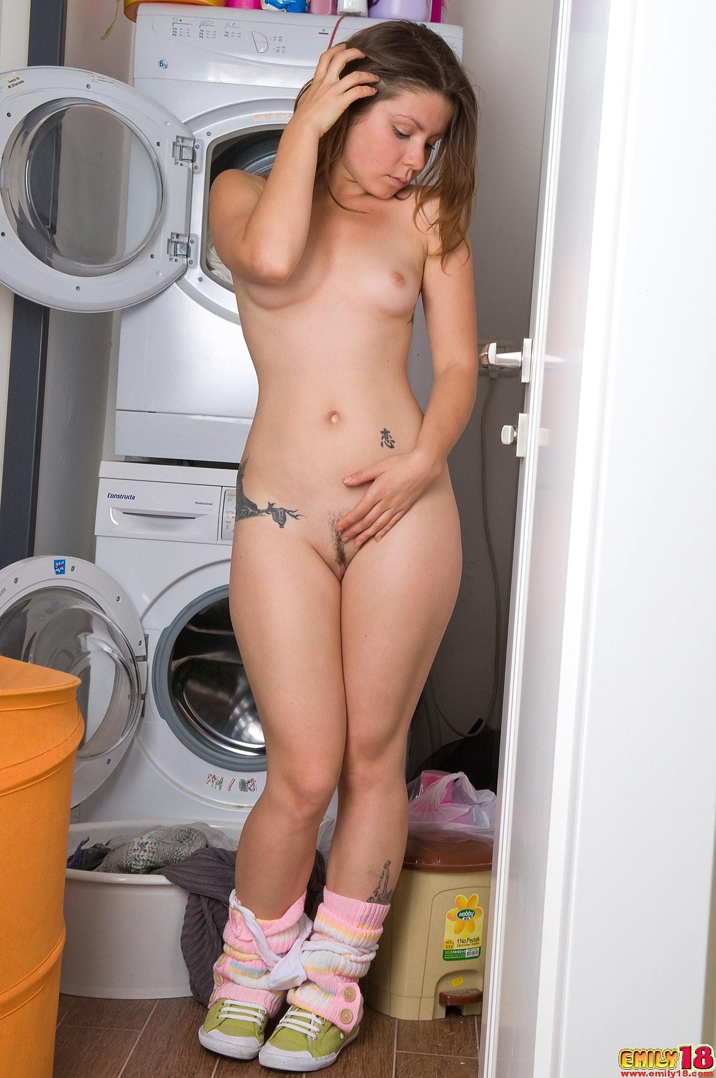laundry-girls-nude-washing-machine-photo-mix-38