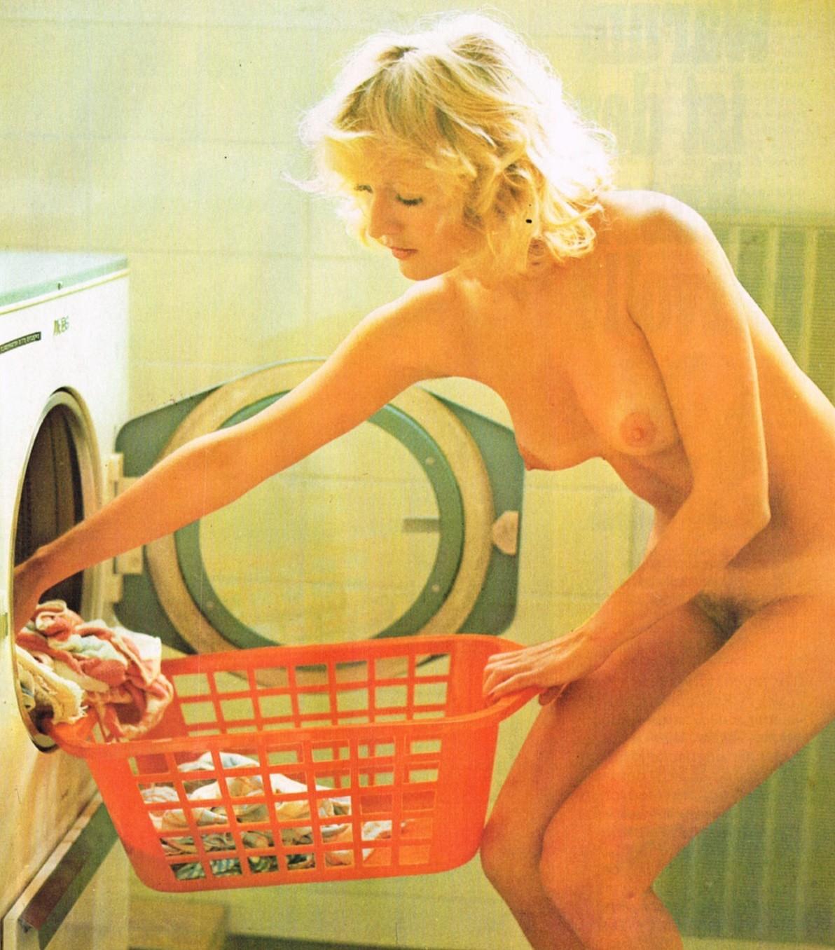 laundry-girls-nude-washing-machine-photo-mix-50
