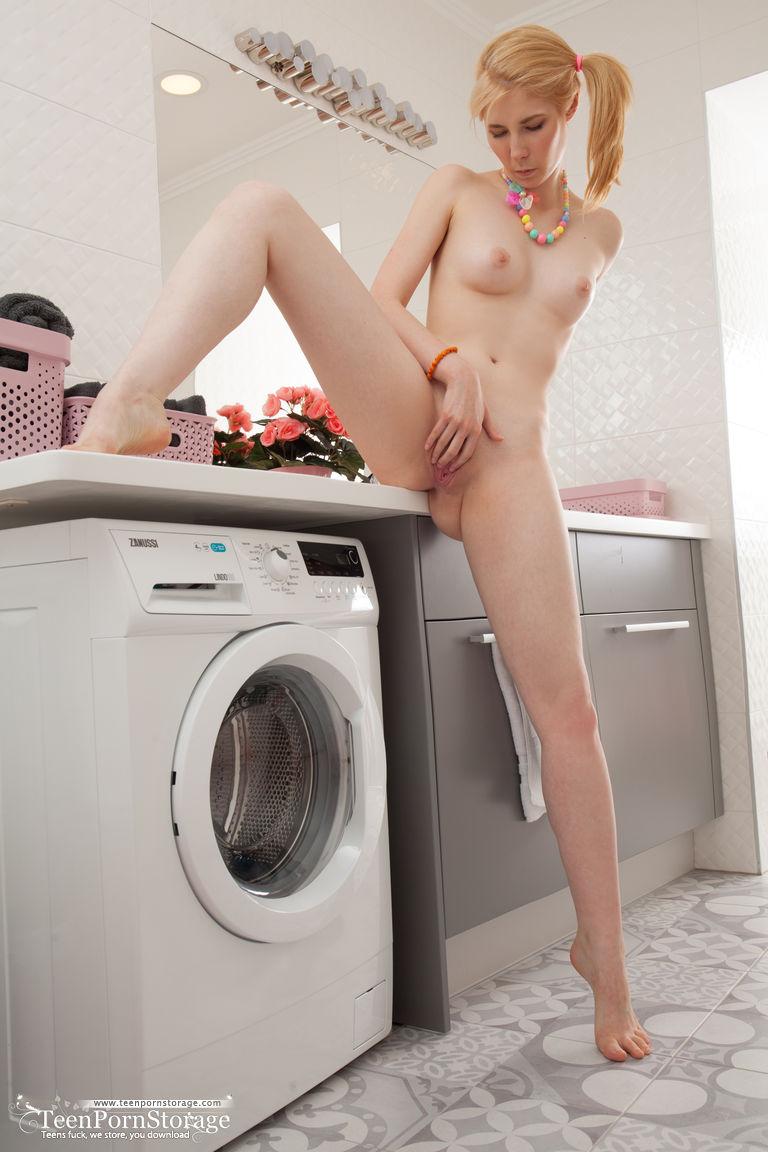 laundry-girls-nude-washing-machine-photo-mix-72