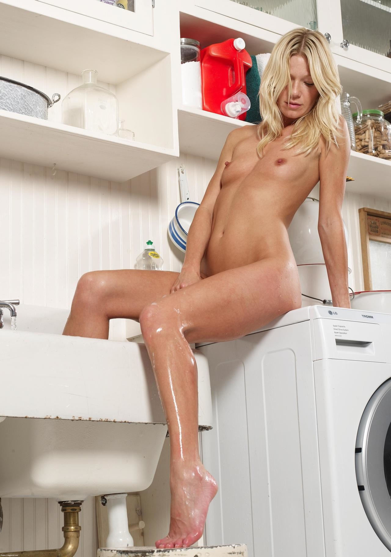 laundry-girls-nude-washing-machine-photo-mix-79