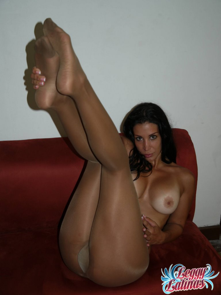 nude-girls-in-pantyhose-vol2-70