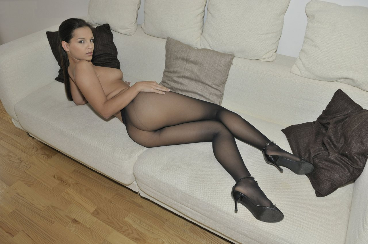What good nude photos pantyhose zwei könnten