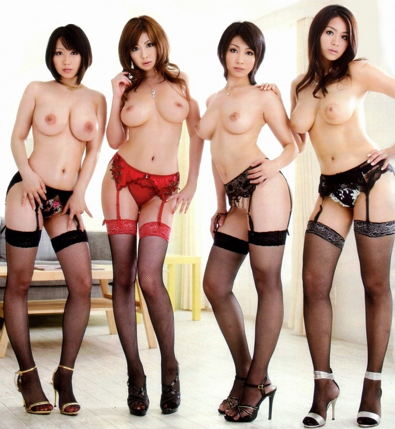 girls-in-stockings-vol4-13