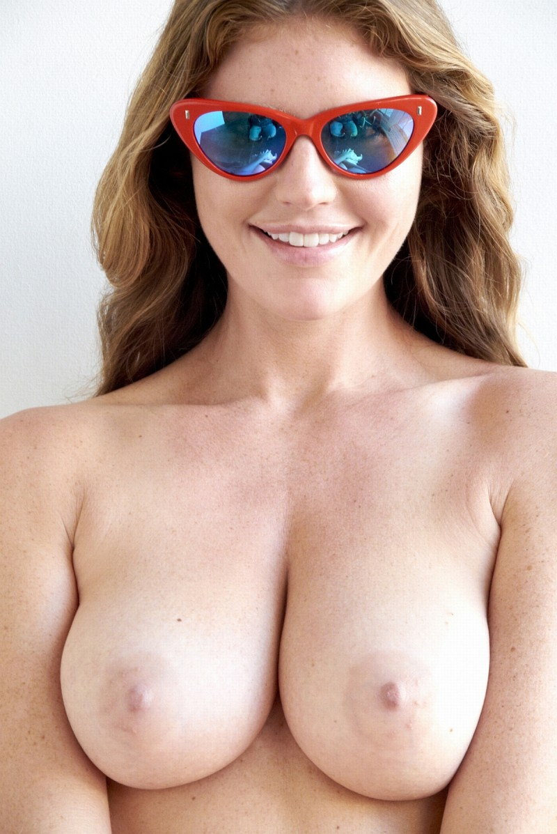 nude-girls-sunglasses-boobs-naked-mix-44