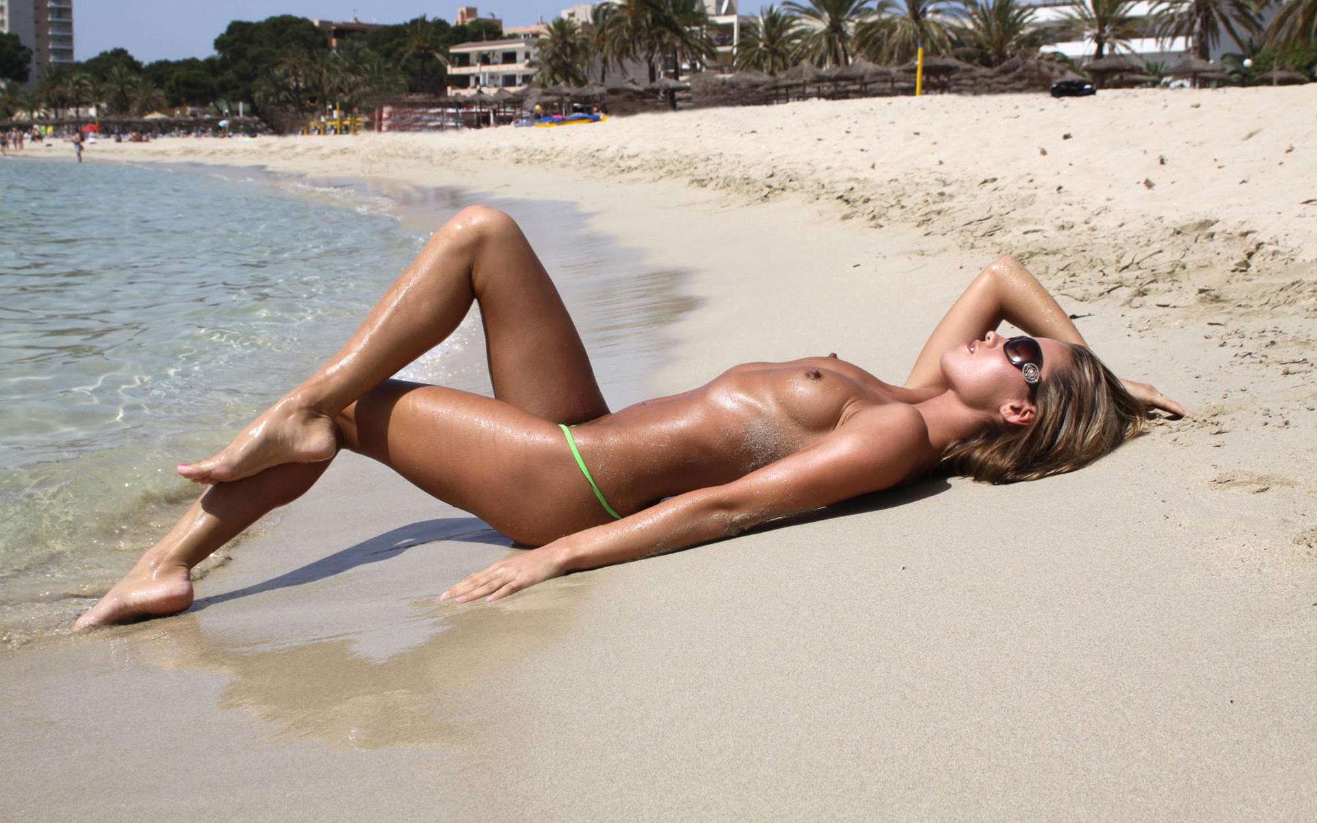nude-girls-sunglasses-boobs-naked-mix-45