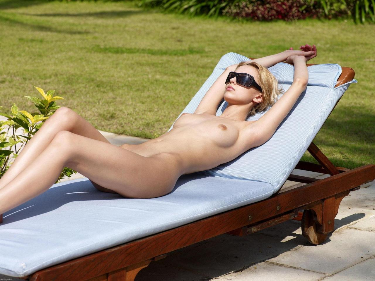 nude-girls-sunglasses-boobs-naked-mix-52