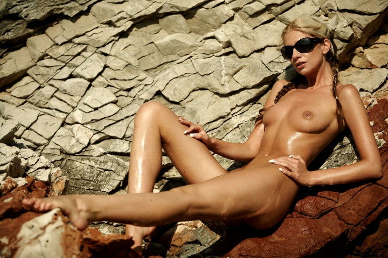 nude-girls-sunglasses-boobs-naked-mix-61