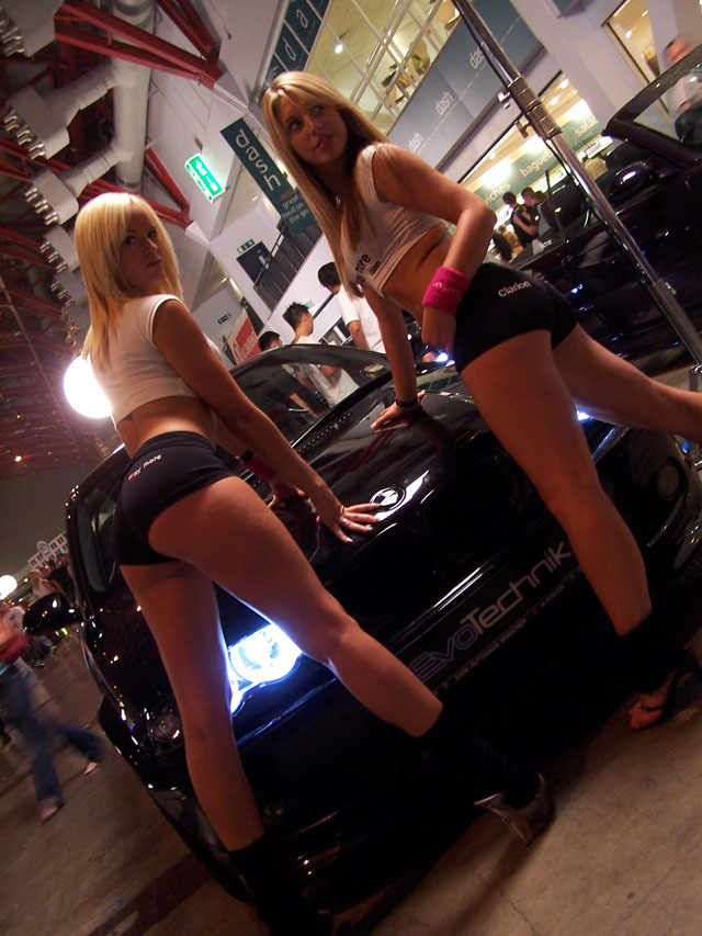 girls-and-bmw-08