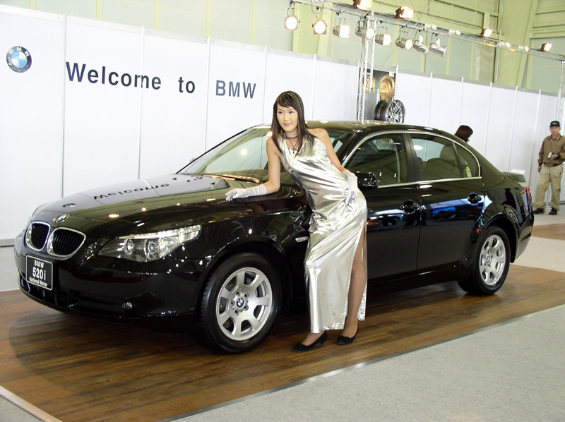 girls-and-bmw-10