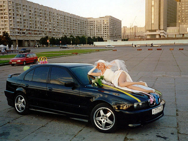 girls-and-bmw-103