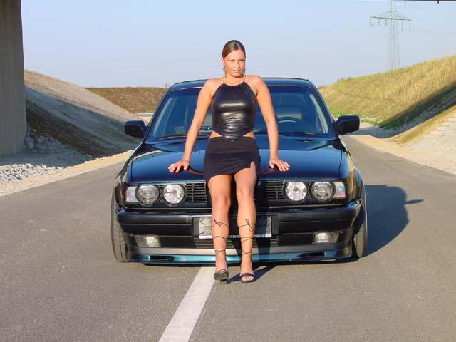 girls-and-bmw-114
