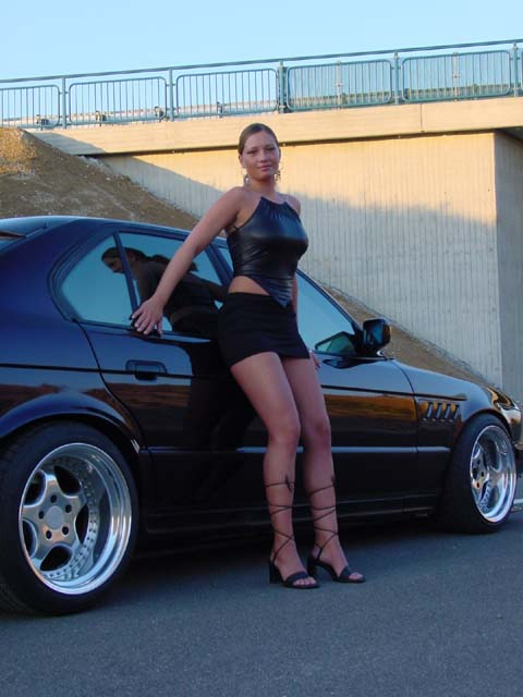 girls-and-bmw-119