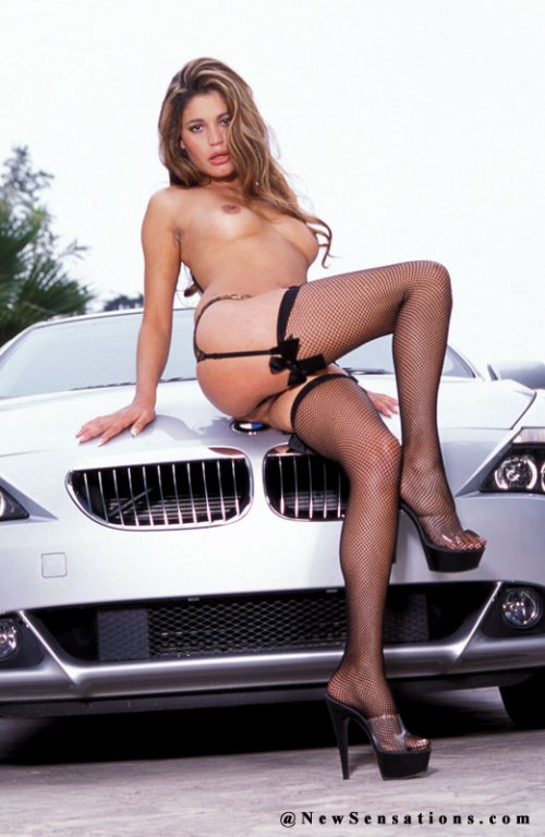 girls-and-bmw-22