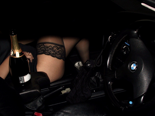 girls-and-bmw-26
