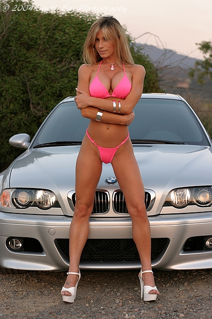 girls-and-bmw-41