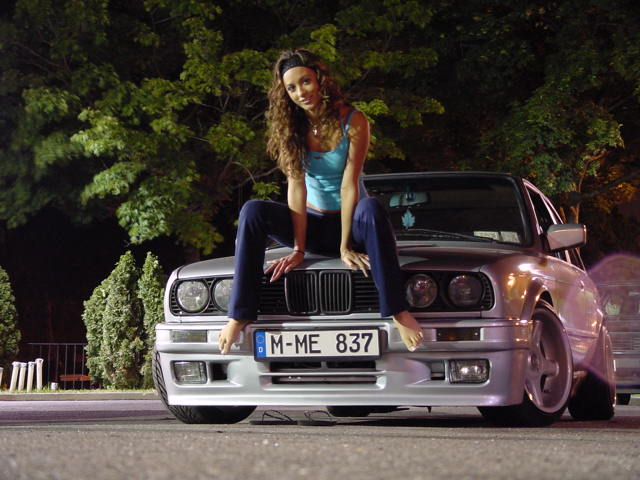 girls-and-bmw-45
