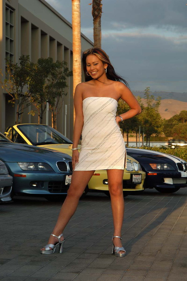 girls-and-bmw-52