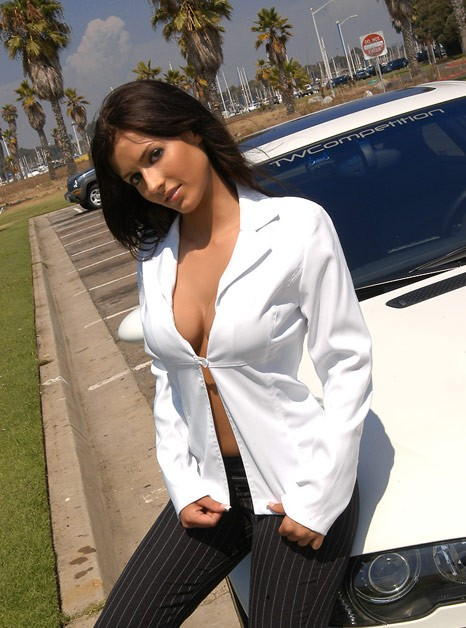 girls-and-bmw-66