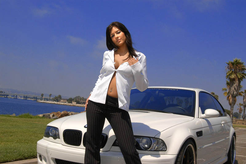 girls-and-bmw-67