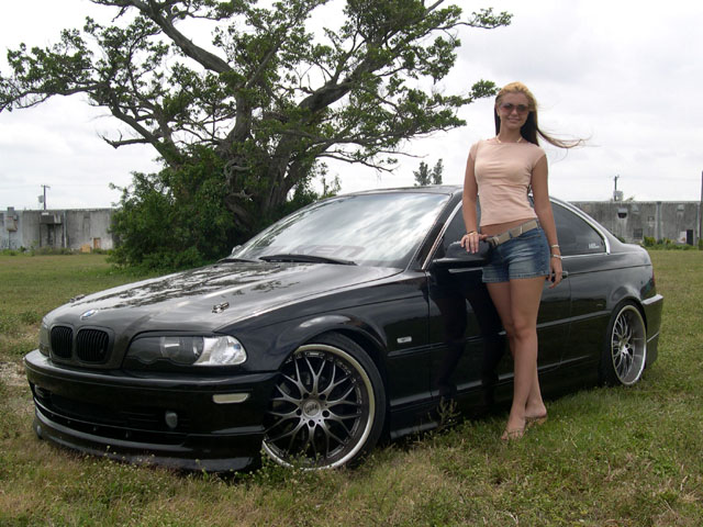 girls-and-bmw-87