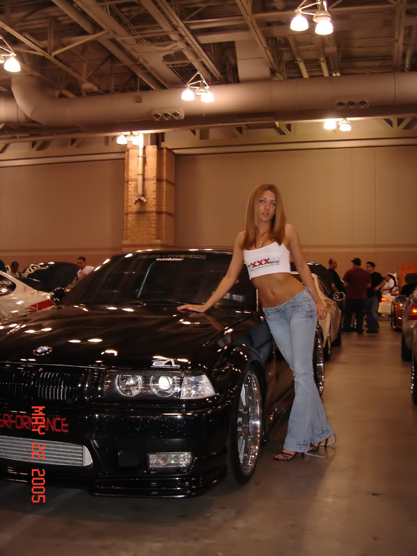 girls-and-bmw-91