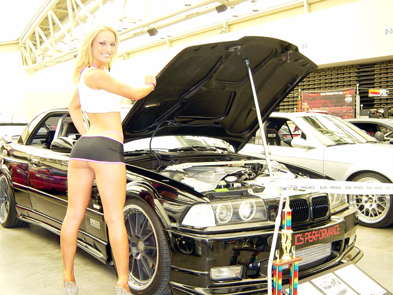 girls-and-bmw-93
