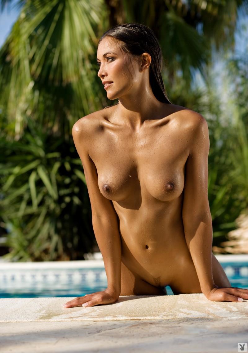 girls-nude-in-the-pool-vol4-65