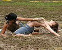 girls_in_mud2