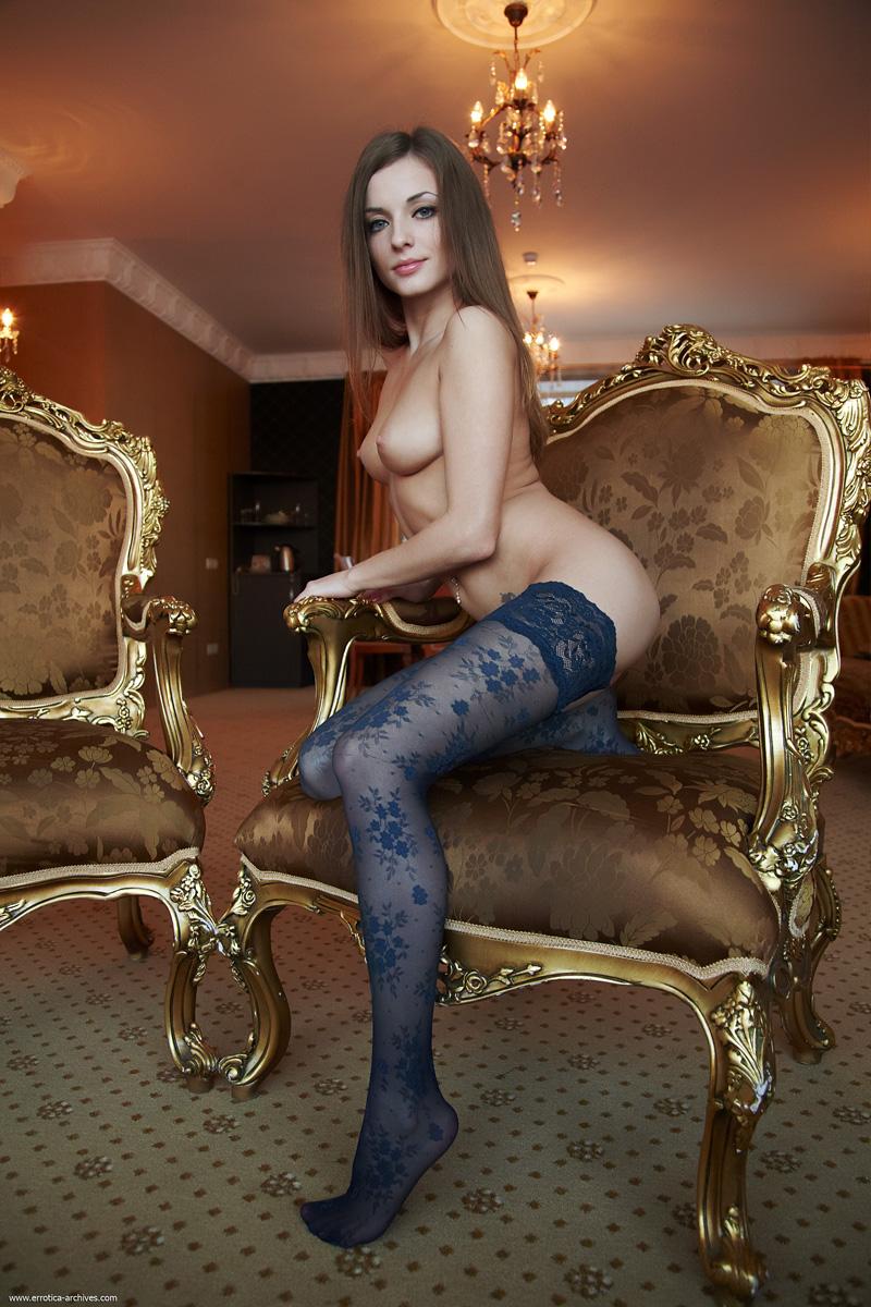 giulia-gongorismo-stockings-errotica-archives-03