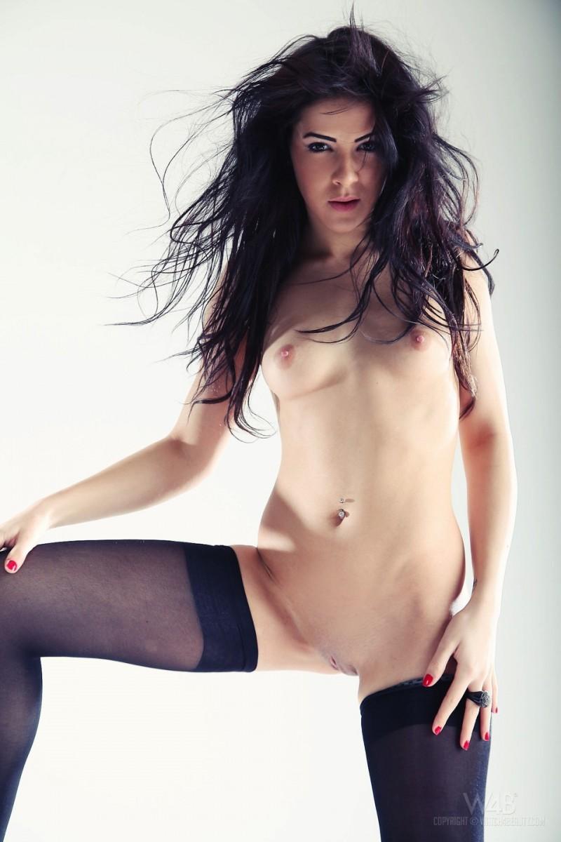 gracy-taylor-black-stockings-watch4beauty-23