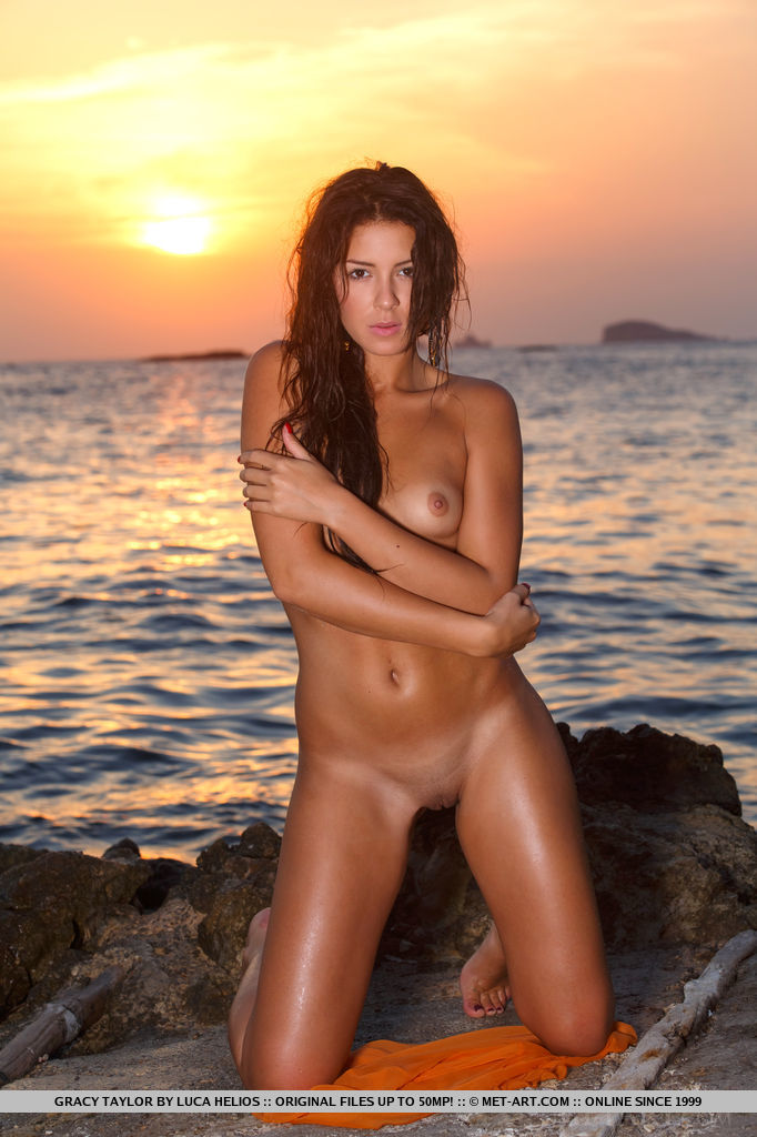 Join Hot young nude south seas women more detail