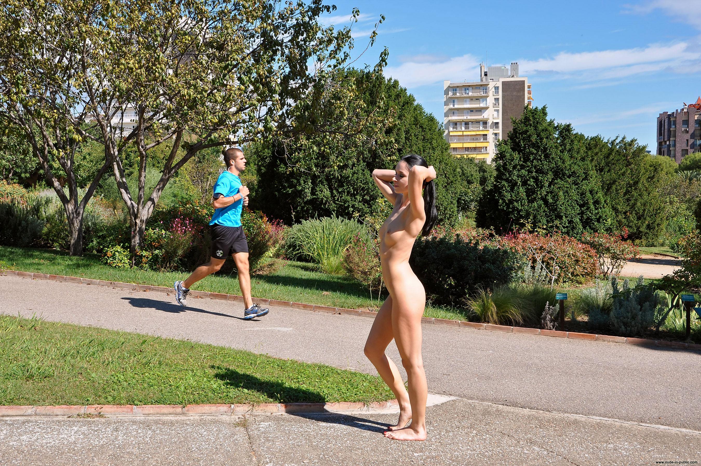 Gwen Naked In Public 53