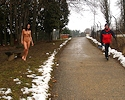gwen-nude-in-public